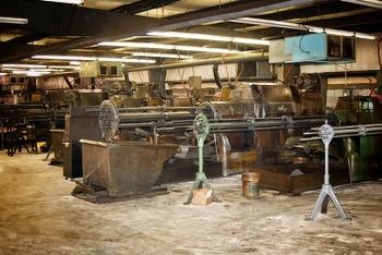 image of screw machines